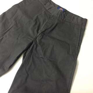 🚚 BNWT Dickies Work Shorts in Grey
