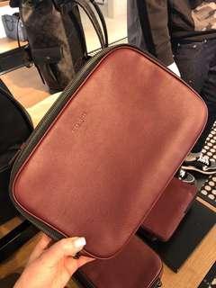 Coach Men Mutifunctional Pouch   Clutch Bag ☆AUTHENTIC☆ 75c47bf064bf2