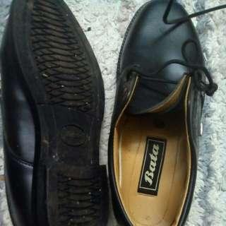black shoes-bata