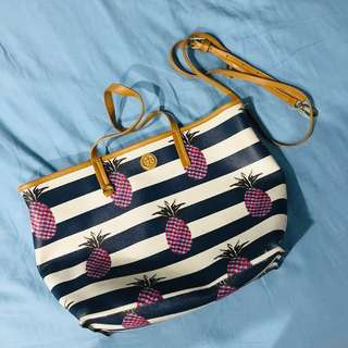 0d846469b86 Tory Burch Pineapple Kerrington Tote