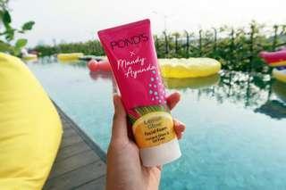 Pond's Instant Glow Lemon x Maudy Ayunda Facial foam 100gr