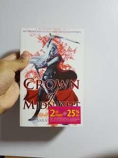 🚚 Crown of Midnight — Sarah J. MAAS