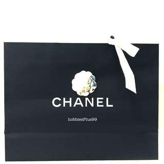 🚚 CHANEL Collectible Paper Bag