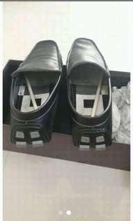 Sepatu pria pedro no 44