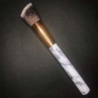 Angled Foundation Brush - Marble Handle