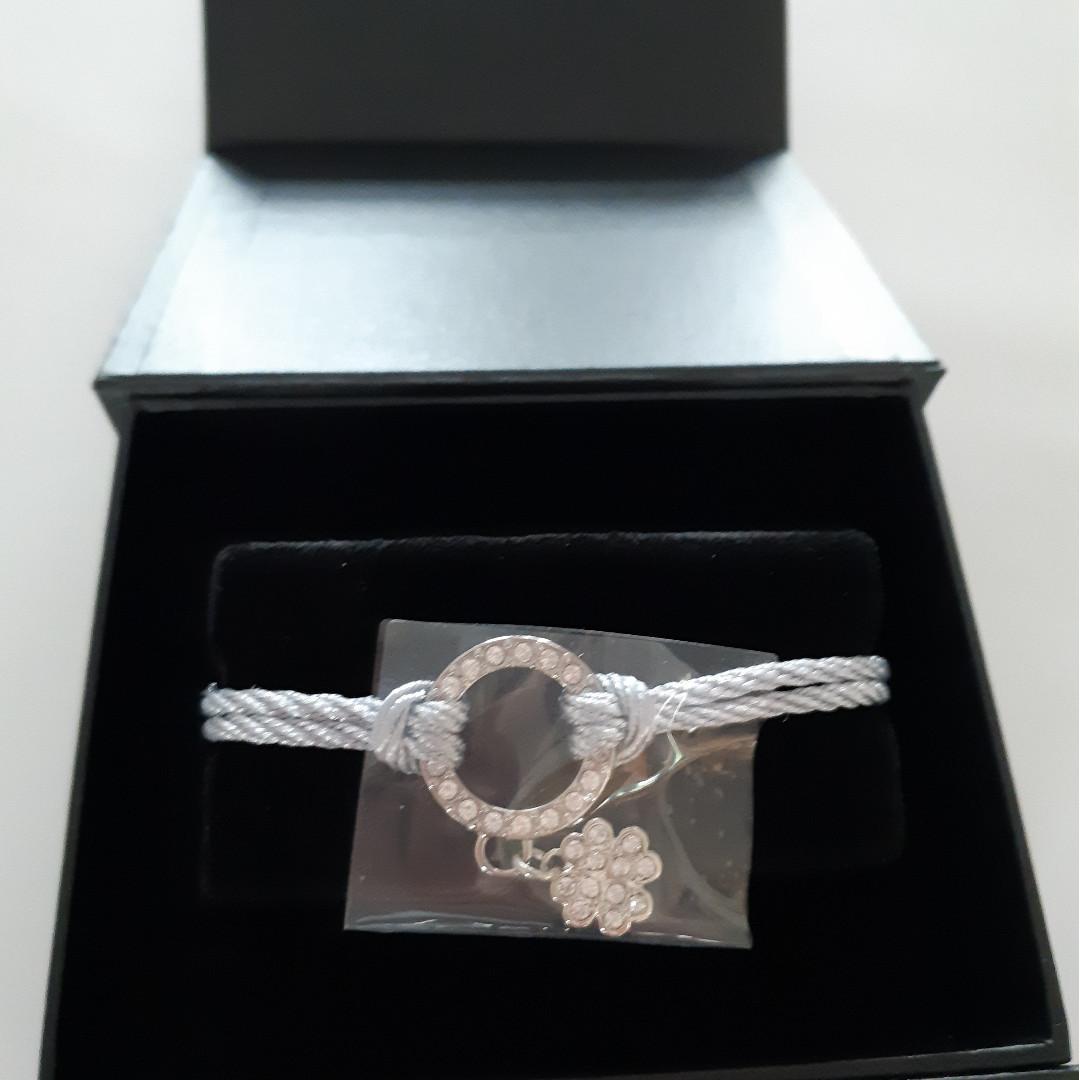 100 %全新 Swarovski 施華洛世奇 閃石 crystal 水晶手繩 連盒