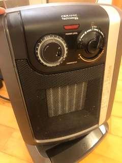 delonghi 2200w 浴室暖風機
