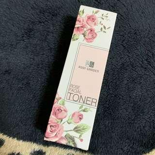 🚚 小資女孩👧台灣品牌Roof Garden玫瑰保濕化妝水(即期)