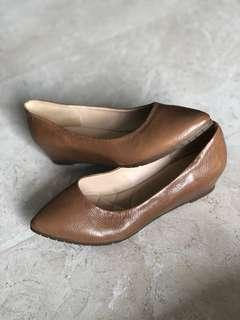 itti & otto brown pointed shoes size 35