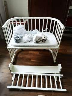 BABY COT from 🇩🇪 with a lot of Extras