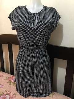H&M dress stretchable