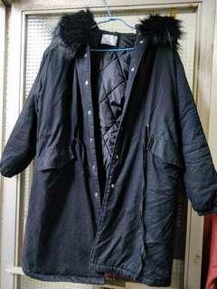 正韓黑色毛毛長版外套