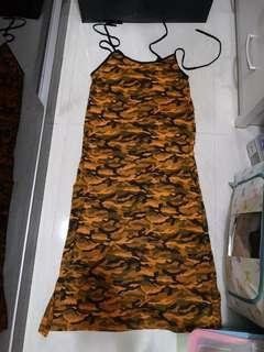 🚚 Camo maxi dress w pockets