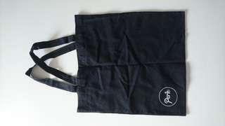 🚚 Tote bag. Black.