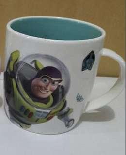 巴斯光年 杯