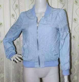 INGNI Chambray Light Blue Plaid Reversible Crop