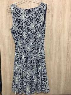韓國氣質藍白圖騰洋裝