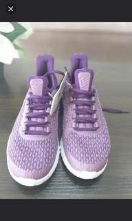 """Sepatu Nike """"NIKE Renew Rival"""" sepat anak wanita"""