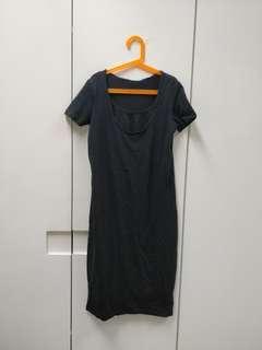 Black stretchy maternity breastfeeding nursing dress