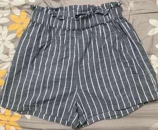 🚚 Cotton On Stripe Shorts