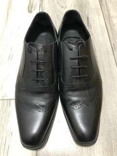 Playlord 黑色牛皮尖頭男裝皮鞋