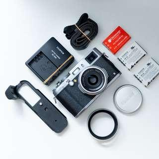 Best Deal! Fujifilm X100S with accessories