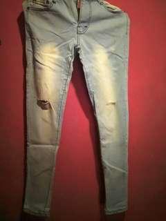 Celana Jeans Sobek #mau dompet