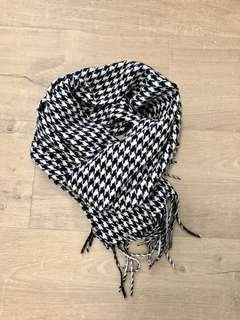 🚚 千鳥格圍巾