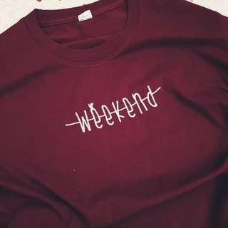 🚚 maroon weekend tee