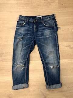 🚚 Zara basic 牛仔破褲