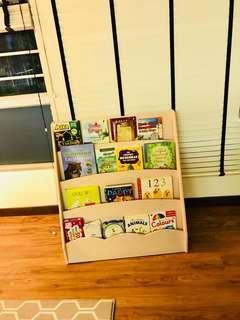🚚 Children wooden bookshelf