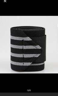 wrist support for lifting and badminton tennis