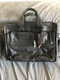 🚚 Full Leather Tumi Alpha Expandable Briefcase