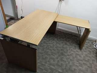 🚚 L-Shaped Office Table/ Desk (Solid Wood w laminate & Metal)
