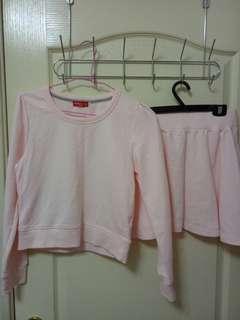 Earth 粉色 運動 套裝 萌妹 軟妹 上衣 裙子