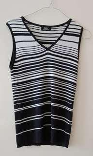 BnW stripes sleeveless top