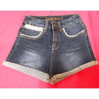 🚚 Navy Denim Shorts