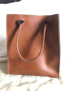 🚚 BRAND NEW: Hand Held Bag (BROWN / CAMEL)