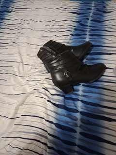 Black boots heel