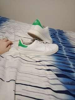fake adidas Stan smith sneakers