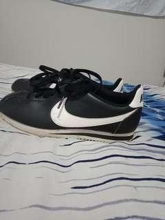 Nike Cortez shoes retro vintage style sneakers