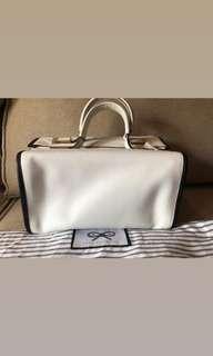 Preloved vgc anya authentic bag