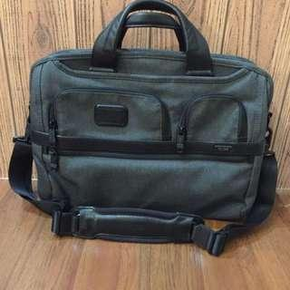 Tumi briefcase Tpass series