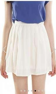 The Closet Lover TCL pleated white skirt