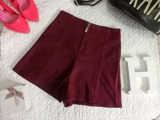 Red highwaisted shorts