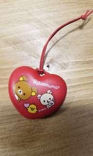 全新鬆弛熊吊飾,購自日本