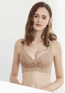 哺乳胸圍 breast feeding bra 85B
