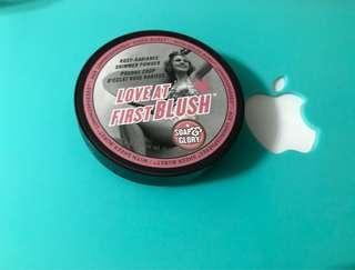 99%新 Soap & Glory love at first blush 鏡盒胭脂