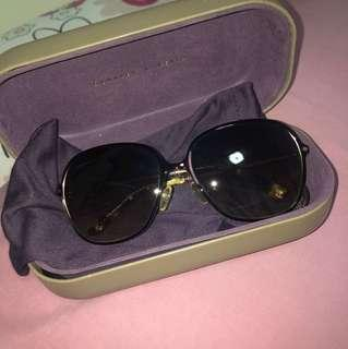 Kaca mata hitam sunglasses charles and keith