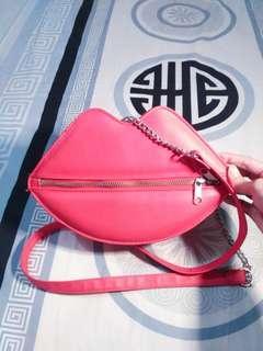 Preloved H&M lip bag